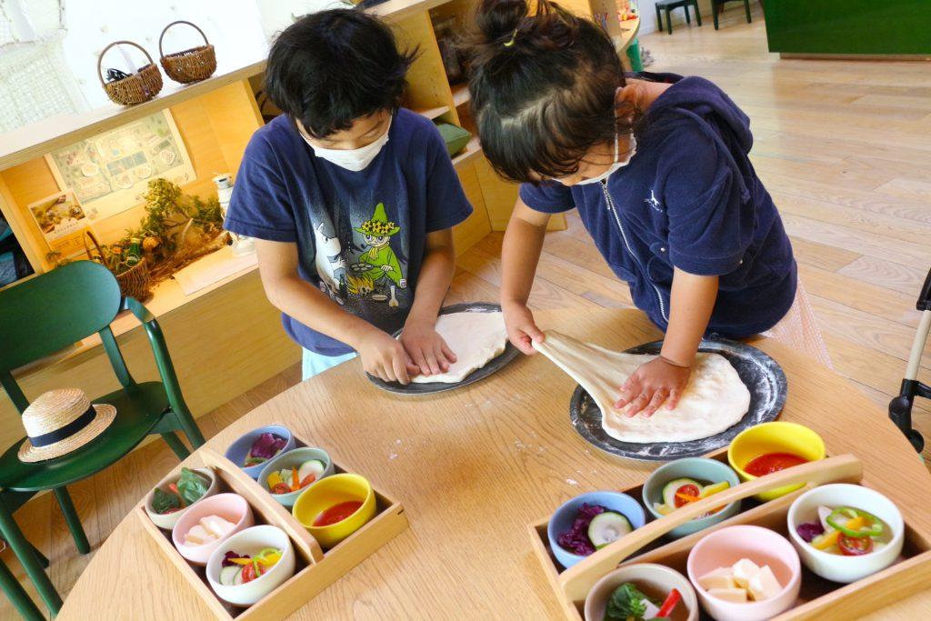 リゾナーレ那須 星野リゾート ホテル 家族旅行 託児 ワーケーション ピザ作り ピッツァ作り アクティビティ 石窯