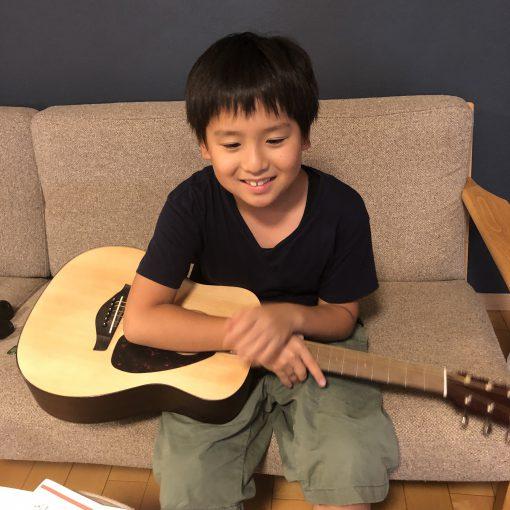 念願のアコースティックギター